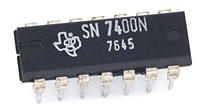 TTL 7400 NAND gate IC
