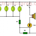 Fire alarm circuit using thermostats and SCR